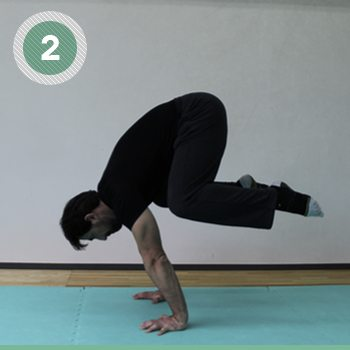 How to Get Into a Handstand with More Confidence and Ease